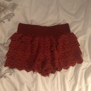 Cooper color embroidered layered shorts